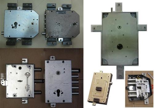 Serrature fuori produzione degli anni 80, alcuni prototipi in fase di modifica.