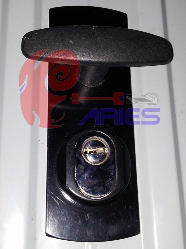 serratura di sicurezza lato esterno