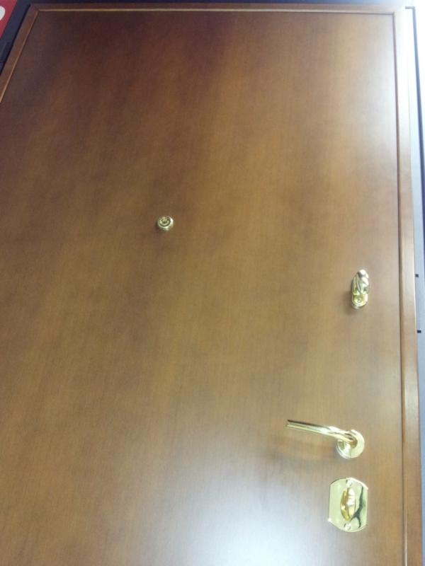 porta-blindata-pannello-interno-limitatore-maniglia-cilindro-pomolo