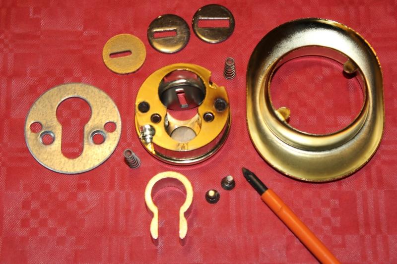 smontare-defender-porte-blindate-mul-t-lock