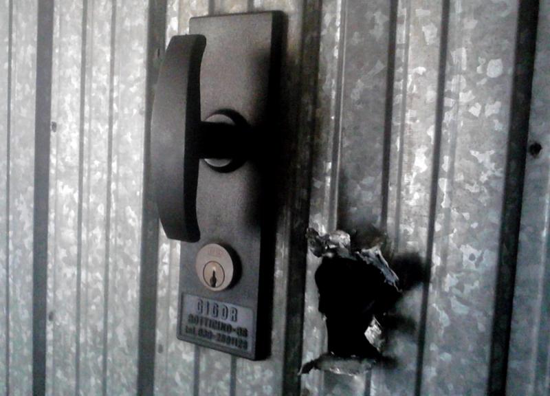 Ladri garage serratura europea serrature a cilindro for Serratura europea prezzi