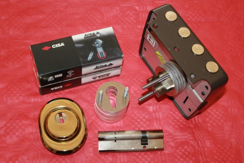 Serrature da applicare porte legno kit conversione for Cilindro europeo prezzi